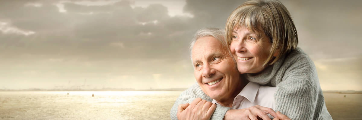 couple avoiding tooth loss in old age